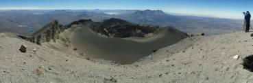Panorámica del cráter del Misti desde la cumbre (5820 m)